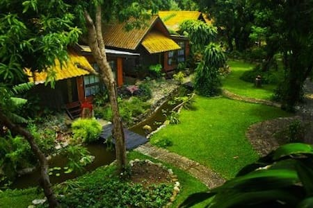 Areeya Phuree Resort  Vila Mountain - Tambon Tha Ton - Villa