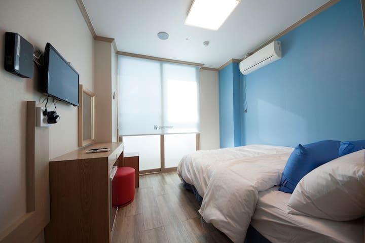 K-Guesthouse Sinchon 2 (D-Double1)