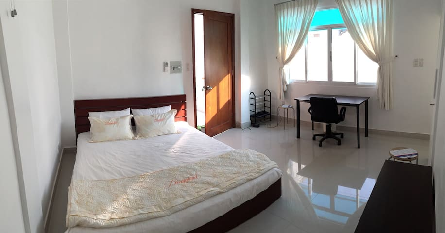 Central, District 1, Brand New 2B - Đa Kao - Apartment