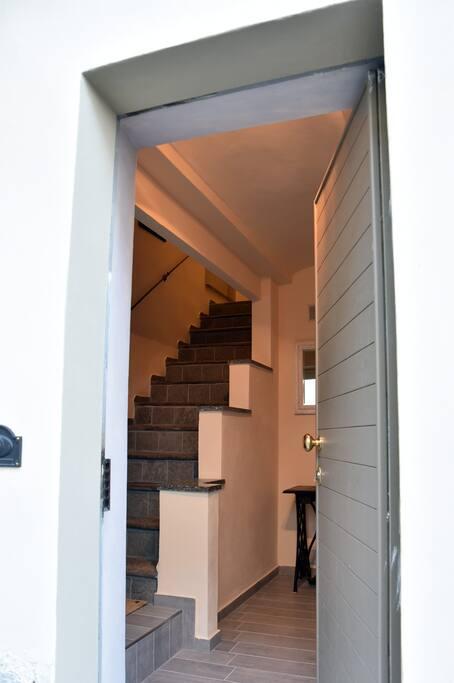 Scala interna d'accesso al primo piano
