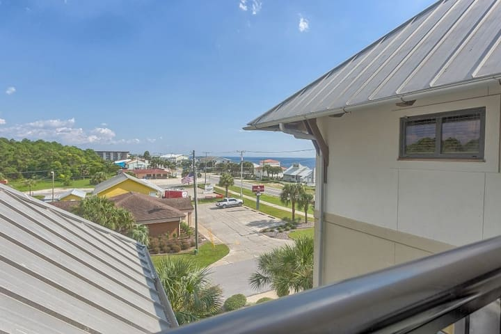 Pool, Hot Tub, Just Across From The Beach, In The Heart of Mexico Beach, Great Views ~ Club at Mexico Beach 3C