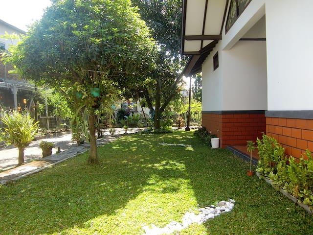 A home away from home - Cimahi Selatan - Casa