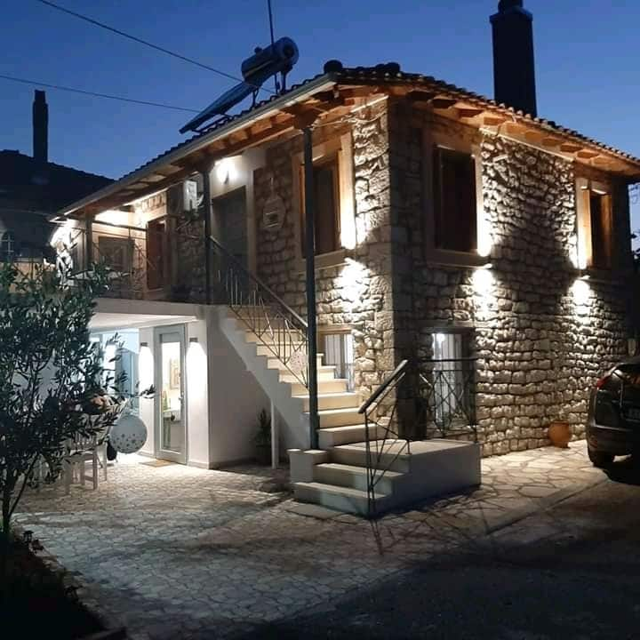 {Elia House 1}near Nafpaktos/renovated stone house