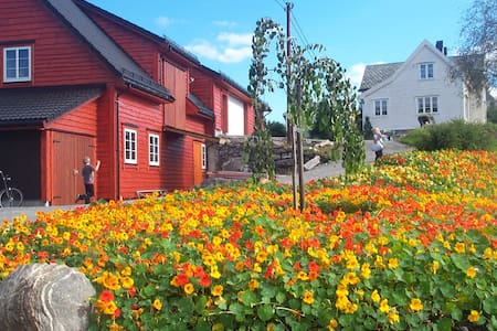 Sjarmerende hus på landet - Sletta - Hus
