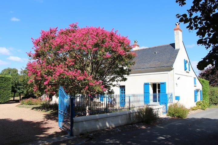 Farmhouse by the Loire river