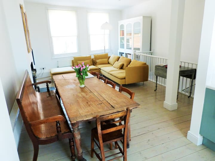 Amazing flat on Portobello Road
