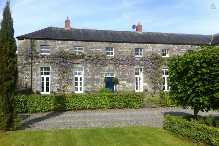 Two bedroomed Apartment- Sleeps 4