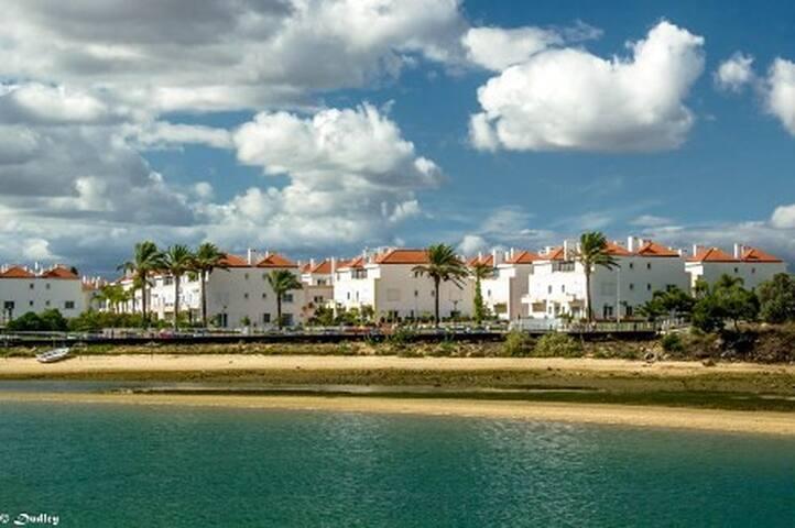 Oceanfront T2-Apartment by Boavista - Tavira - Pis