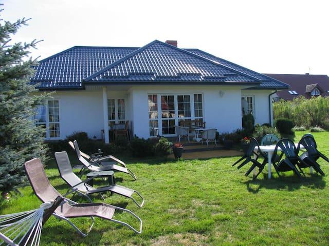 Ferienhaus an der polnischen Ostsee - Dąbki - Hus