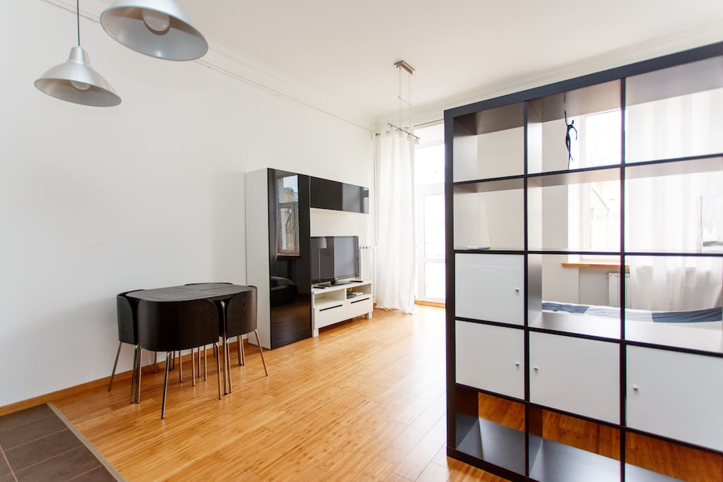 All the necessary amenities make this apartment suitable for business and leisure trips.