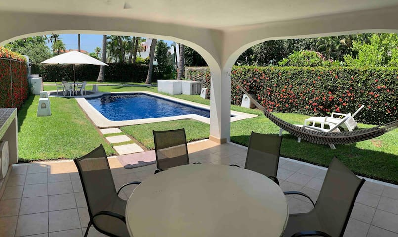 Airbnb Club Santiago Vacation Rentals Places To Stay
