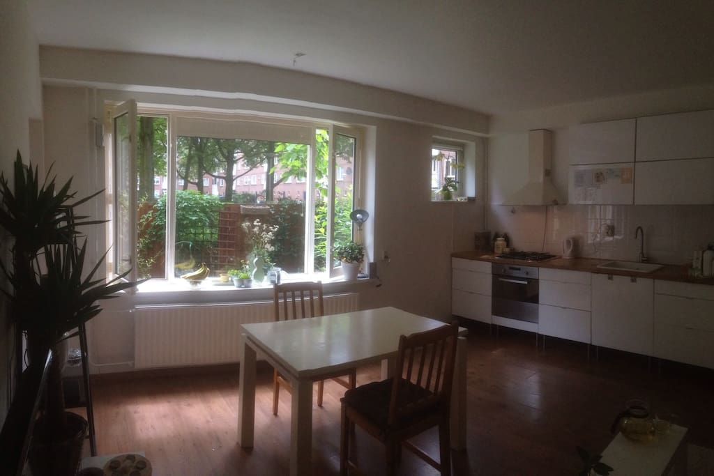 Home for singles couple a 3rd person is possible for Affitto bici amsterdam