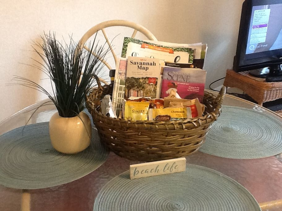 Dining table and welcome basket