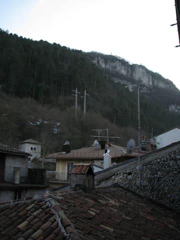 Centrale e in stile classico - Tagliacozzo - Pis