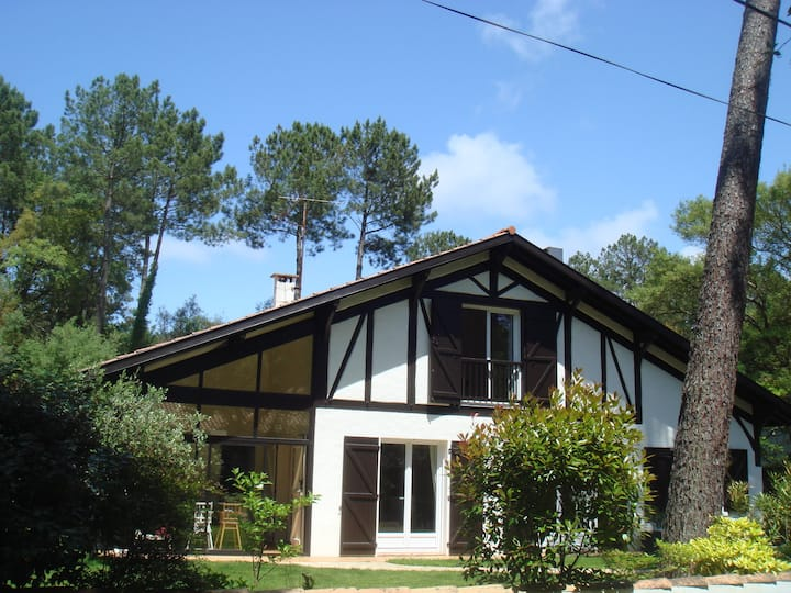 Villa Landaise avec piscine