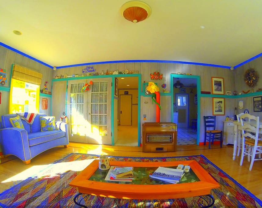 Colorful main living area to enjoy your beach experience