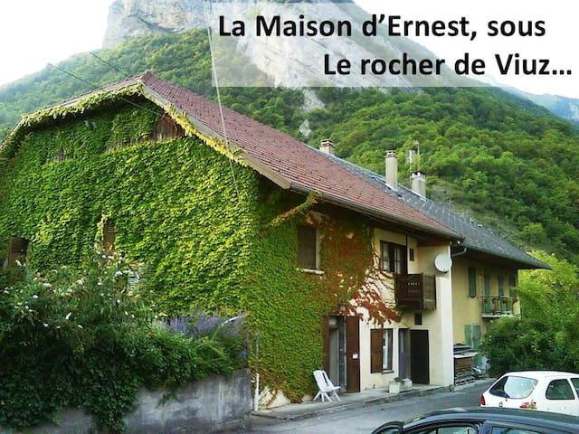 La Maison d'Ernest, Montagne & Lac - Faverges - อพาร์ทเมนท์