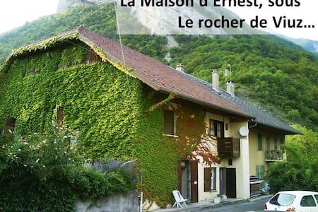La Maison d'Ernest, Montagne & Lac - Appartement