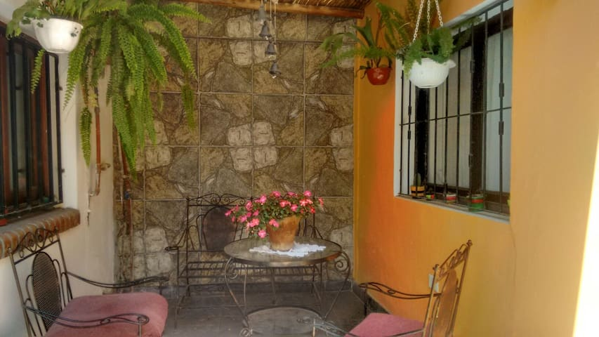 Private room and great company - San Salvador de Jujuy