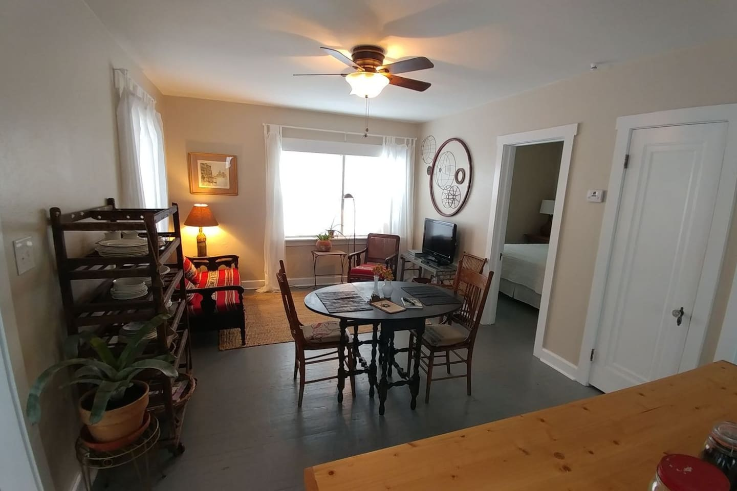 Living and dining area provides a fun space to kick back, relax, or enjoy a meal