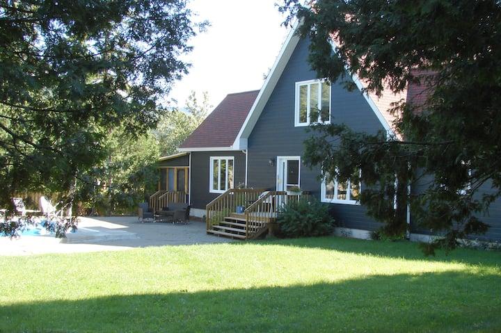 Peaceful cottage in Gaspésie!