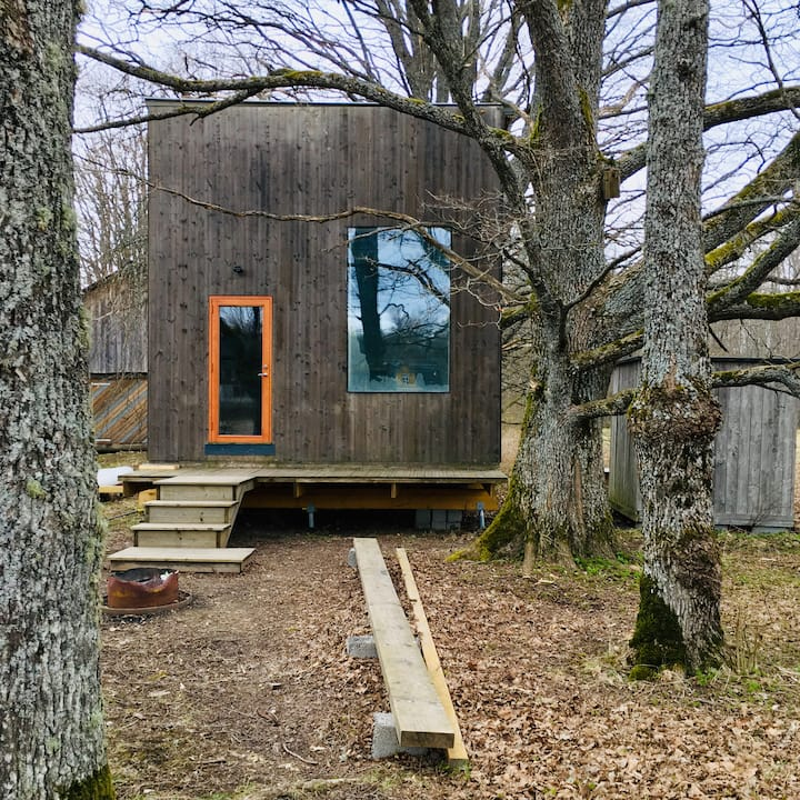 Linnumaja / Tiny house in Soomaa