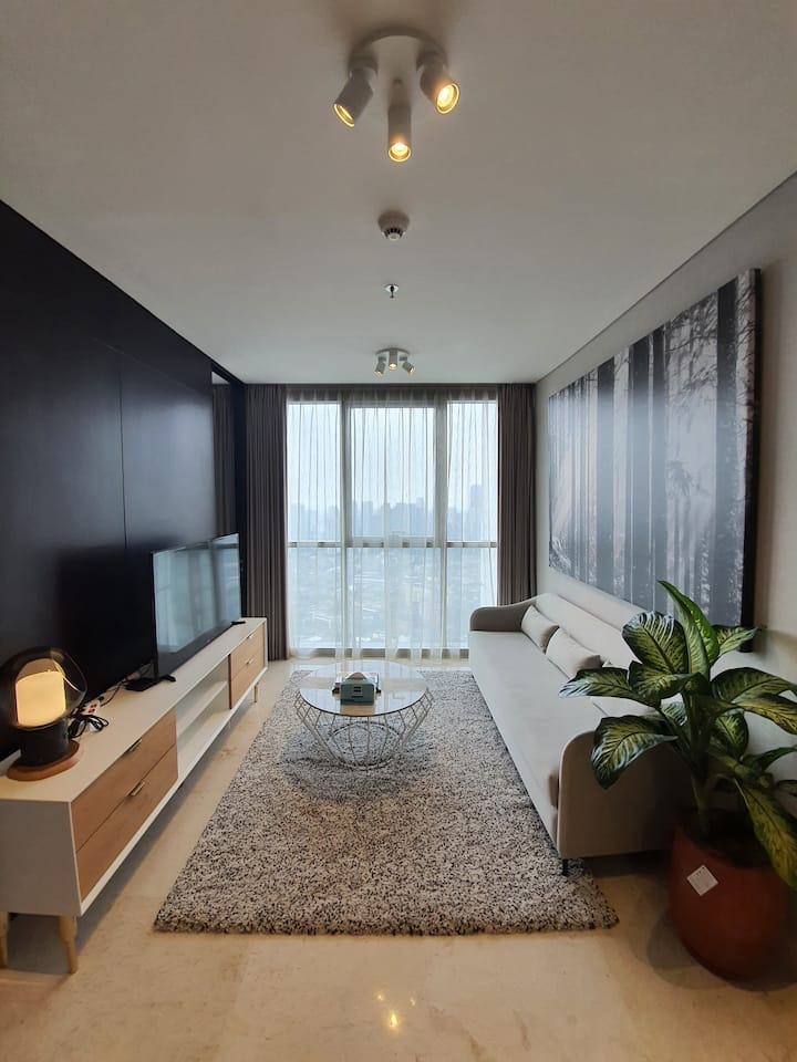 Simple 1 Bedroom Contemporary Living