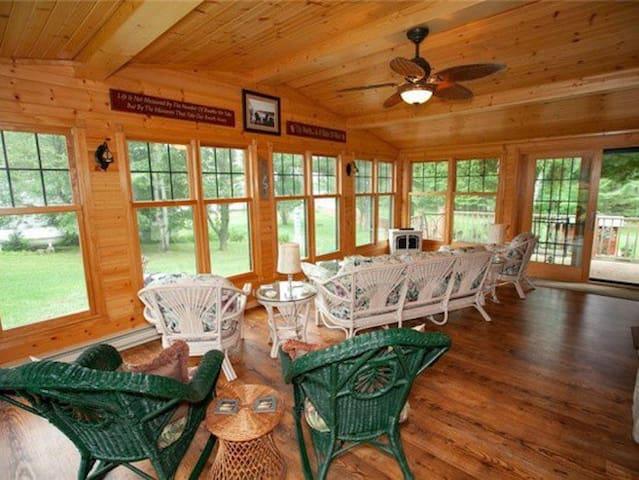 Four season porch