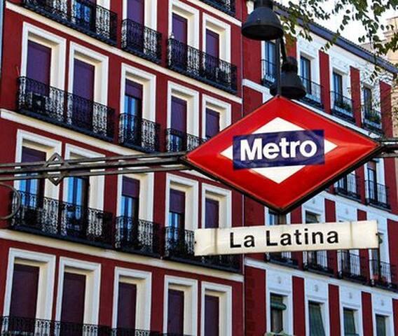 Walking distance to Plaza Mayor