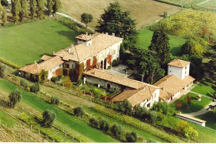 Palazzo Torri historic Villa in Franciacorta