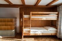 Stockbett im Schlafzimmer