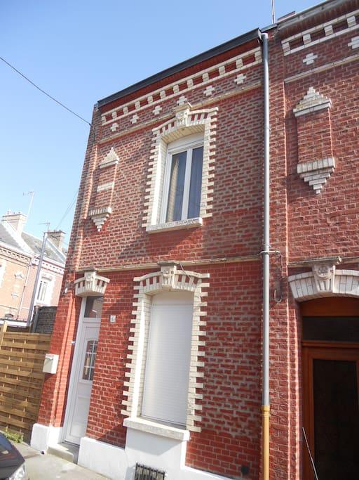 G te amiens maisons louer amiens picardie france for Amiens location maison