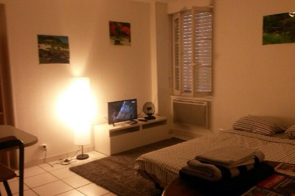 Studio bordeaux avec nvx lit neuf appartements louer for Studio louer bordeaux