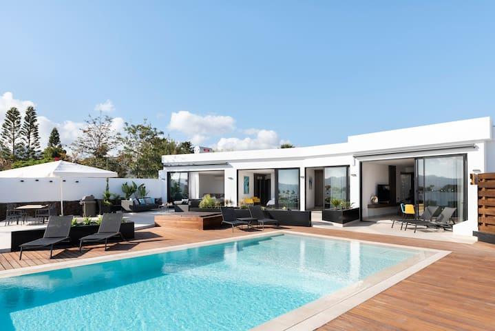 Luxury Designer Villa with exceptional views