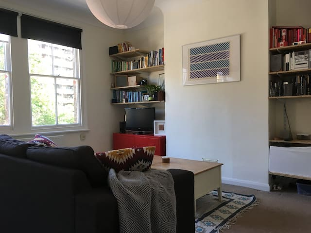 Charming flat, perfectly located for Greenwich
