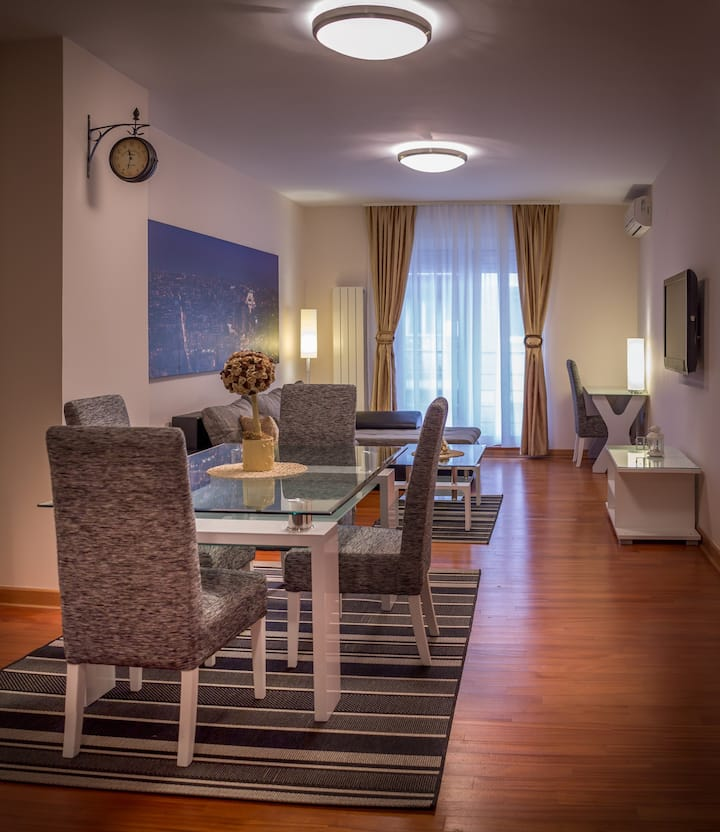 ApartHotel FeelBelgrade - 2 bedroom apartment A205