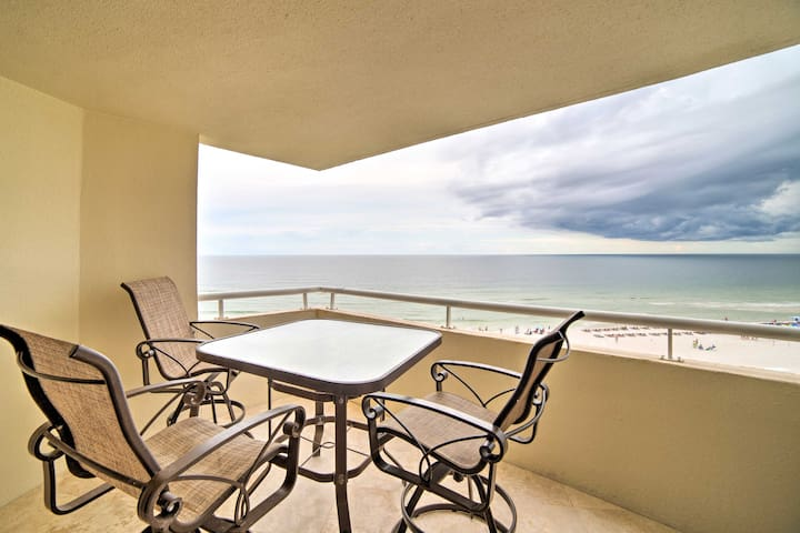 Beachfront Pensacola Resort Condo w/ Pvt Balcony!