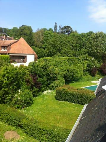 3 pièces Duplex dans une résidence de standing - Saint-Arnoult - Appartement