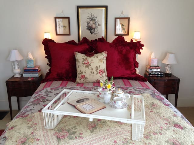 A Private, Romantic Retreat ~ Downtown Pescadero! - Pescadero - Andere
