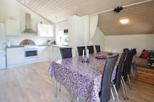 Holiday cottage with 3 bedrooms on 94m² in Spøttrup