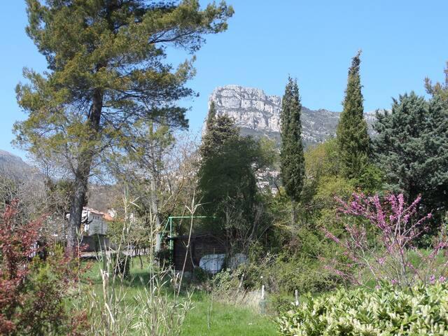 Appartement dans Villa avec jardin  - Saint Jeannet - Villa