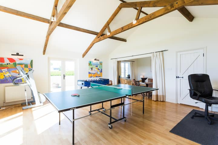 Bristol - Country Barn Conversion