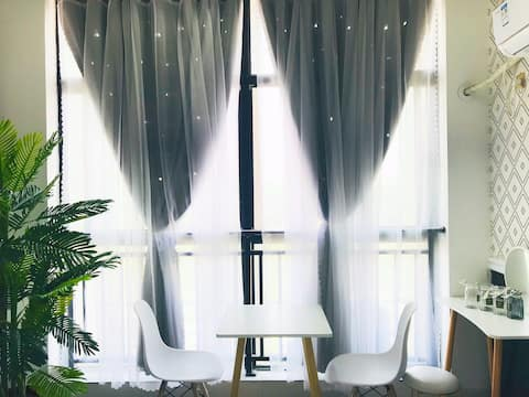 【AI小宿·摩洛哥风2】湘潭大学/工贸中专/巨幕投影静音弹簧乳胶床垫/义乌小商品市场