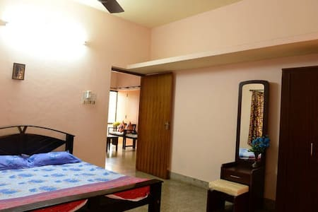 Private room with Air Conditioning - Mangaluru