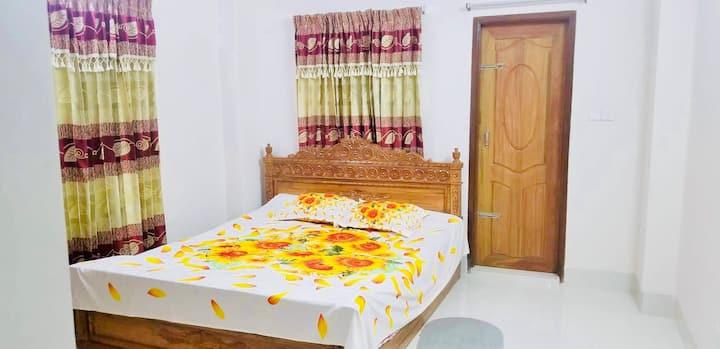 Bright Spacious Luxury Home in Dhaka