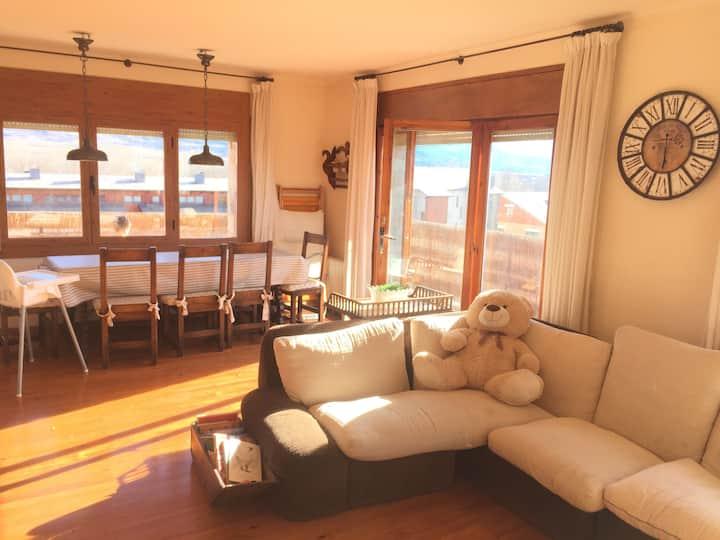 Apartamento luminoso en Llívia ideal para familias