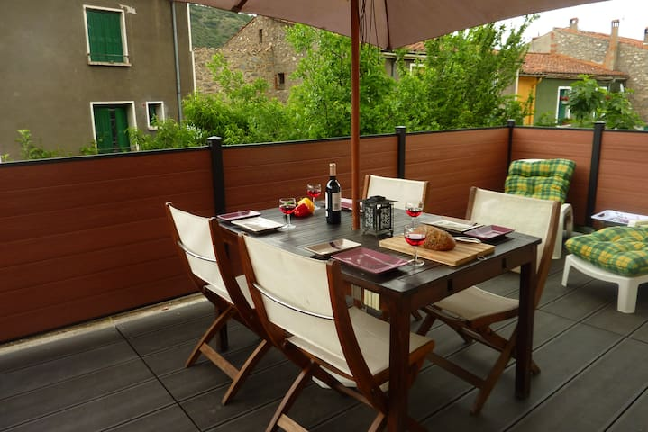 Lovely apartment, large terrace, Free Wifi - Ria-Sirach - Daire