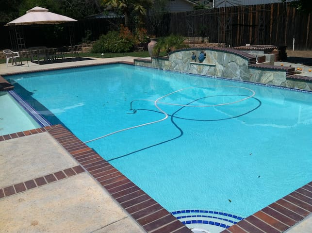 Private Poolside Garden Retreat - El Cajon - Talo