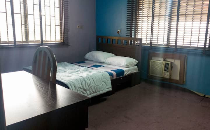 Comfortable and private room in Omole Estate