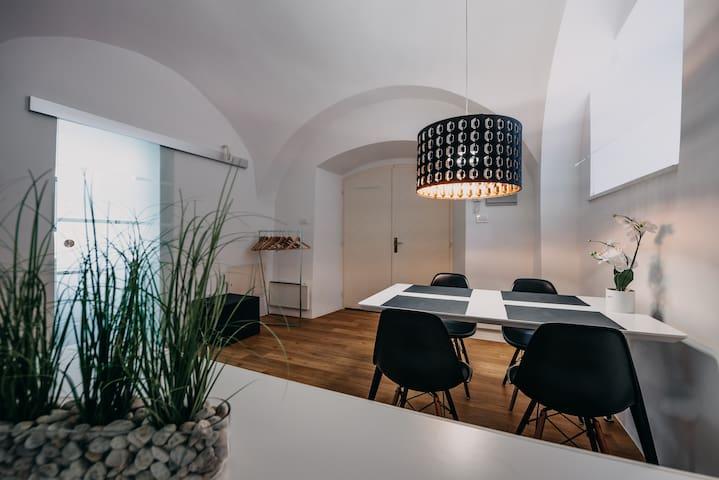 Deluxe studio - centre of Ljubljana